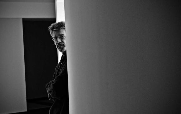 Tomás González nació en Medellín, en 1950. Una de sus novelas más conocidas es La luz difícil (2011). FOTO cortesía planeta