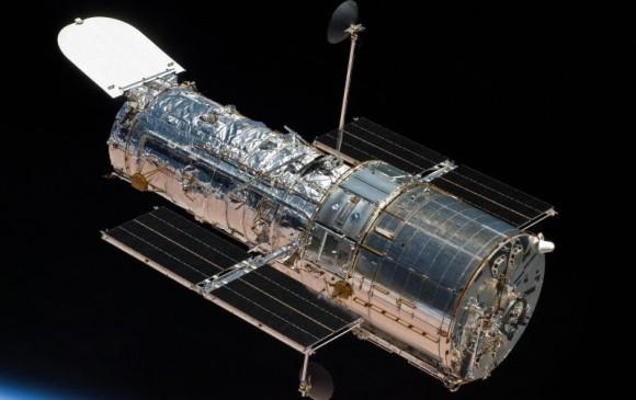 Foto del telescopio Hubble tomada por un transbordador. Foto Nasa