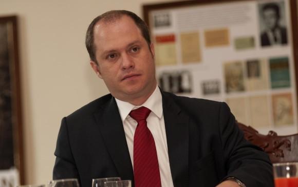 Pdte. Santos designó a Héctor Olimpo Espinosa como viceministro del Interior