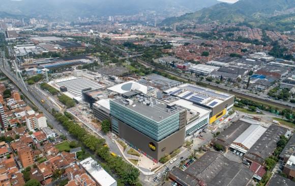La edificación se levantó con las características requeridas para obtener la certificación Leed Gold, que reconoce la construcción de espacios responsables con el ambiente. FOTO Cortesía Grupo Éxito
