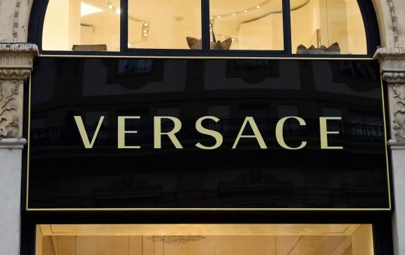 La famosa marca italiana ha estado bajo el liderazgo de la empresaria Donatella Versace. Foto: Miguel Medina - AFP