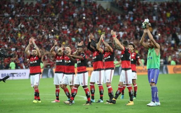 Paolo Guerrero fue elegido el mejor jugador del Flamengo-Botafogo