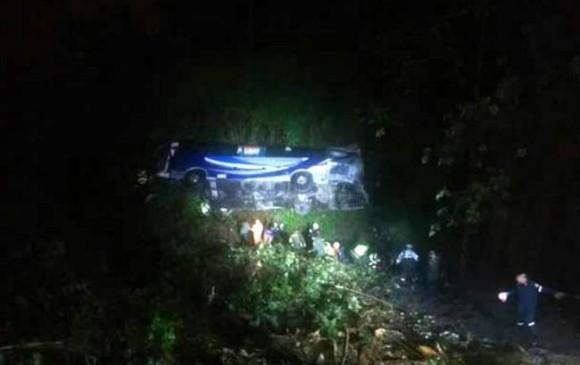 Accidente en Santander deja 3 muertos y 25 heridos
