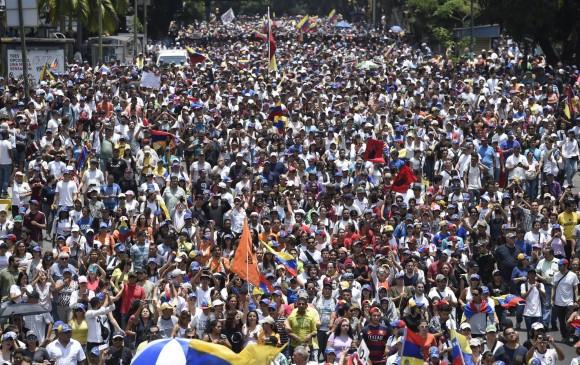Mujer muere por disparo, segunda víctima en jornada de marchas en Venezuela