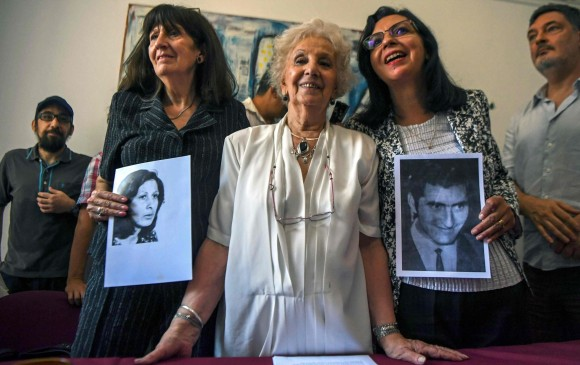 Abuelas de la Plaza de Mayo encuentran a nieta 127