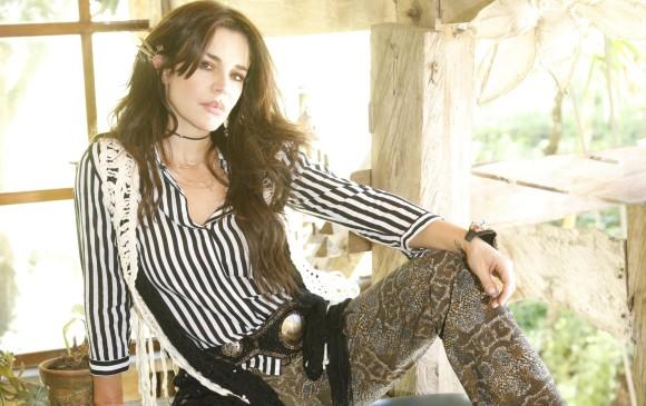 La actriz Flora Martínez dice que cultivó su amor por la música en Medellín, en casa de la pianista Teresita Gómez, la que considera su segundo hogar . FOTO Cortesía Jimmy Londoño.