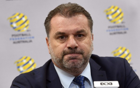 Clasificó a Australia al Mundial y luego renunció
