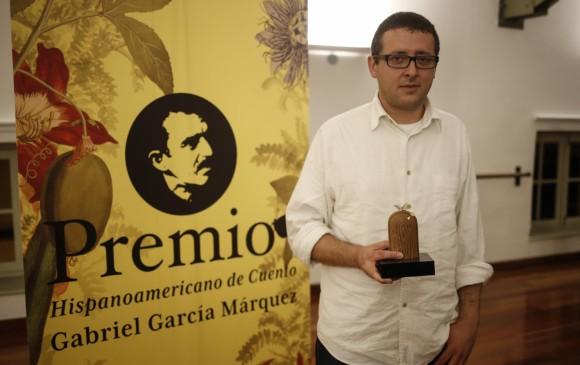 Relatos de vecinos gana premio de cuento gabriel garc a for Cuentos de gabriel garcia marquez