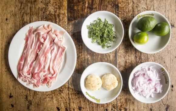 Estos son los ingredientes del ceviche de chicharrón. FOTO Carlos Velásquez Locación Restaurante Palogrande .