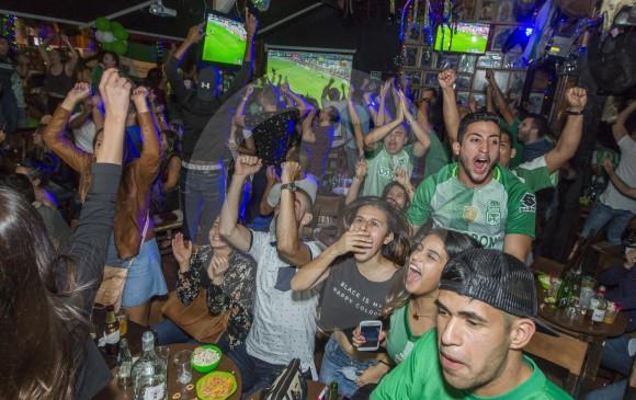 En todos los rincones se escuchó el grito de campeón. Fotos Carlos Velásquez, Juan A. Sánchez, Róbinson SáeNz