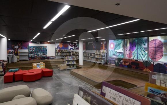 Entre las novedades figuran la consolidación de la sala infantil, además de otras colecciones audiovisuales. En el proceso de remodelación se protegieron las obras artísticas. FOTO Santiago Mesa
