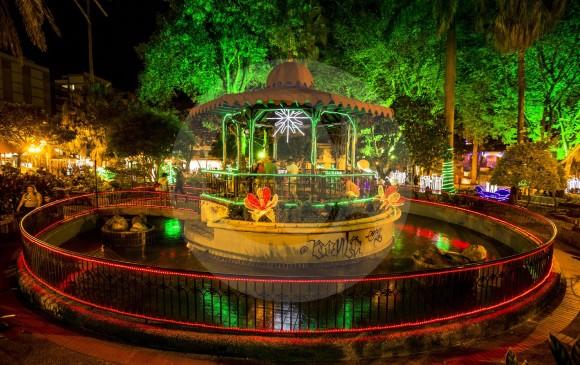 El kiosko, la estructura central del parque, está abierto al público para quien desee recorrerlo. FOTOS Jaime Pérez