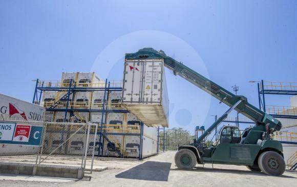 Entre enero y agosto, las exportaciones de manufacturas fueron US$5.551,6 millones y registraron un aumento de 12,6 %, frente al mismo periodo de 2017, según el Dane. Foto: Juan Antonio Sánchez.