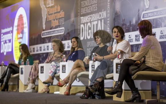 Empresas e iniciativas con modelos disruptivos y que usan los avances tecnológicos, y que están bajo el liderazgo de mujeres se dieron vitrina en el octavo Summit de Transformación Digital, celebrado por la Andi en Medellín. FOTO Santiago Mesa