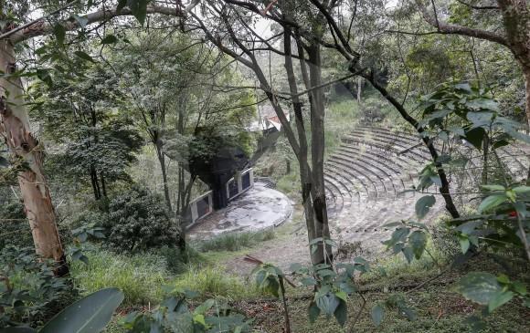 Así luce hoy el Teatro Carlos Vieco.