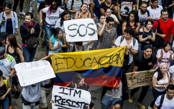 La Personería destacó el buen comportamiento en la marcha por defensa de la universidad pública el miércoles. FOTO JAIME PÉREZ