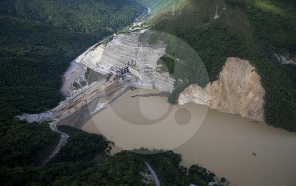 'El riesgo en Hidroituango sigue elevado': Presidente Santos