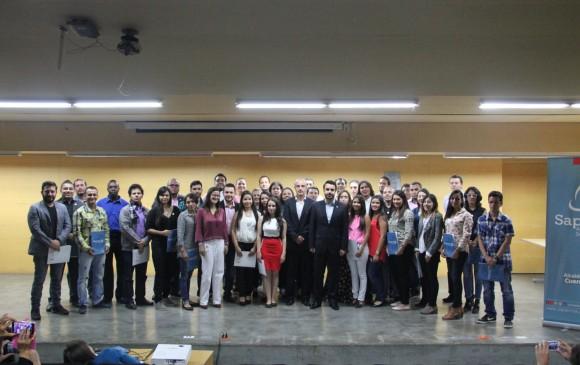 Medellín les apuesta a más maestrías y doctorados
