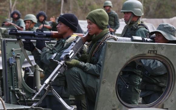 En Venezuela inician ejercicios militares para