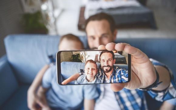 Dos aplicaciones son ideales para la gestión de fotografías en el móvil: Google Fotos y Fotos de Apple, esta última viene por defecto en los iPhones y iPads. FOTO SSTOCK