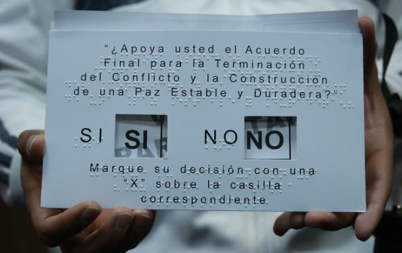 Nobel a Juan Manuel Santos reconoce a las víctimas — FARC