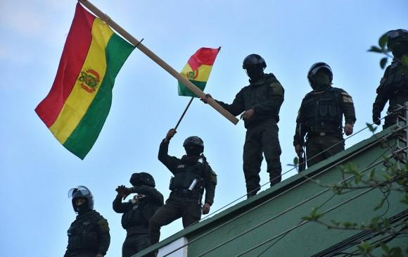 Presidente de Bolivia denuncia golpe de Estado en marcha por grupos violentos