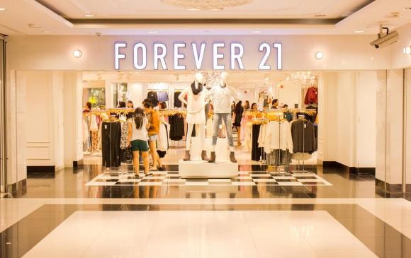 Forever 21 cerrará 350 tiendas y esta es la razón — NOTICIAS