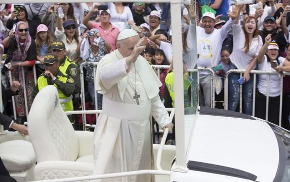 El papa Francisco pide una iglesia abierta para todos — Colombia