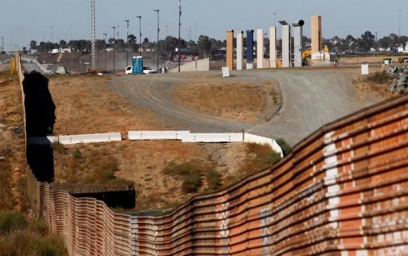 Ordena Trump mayor escrutinio a refugiados de 11 países
