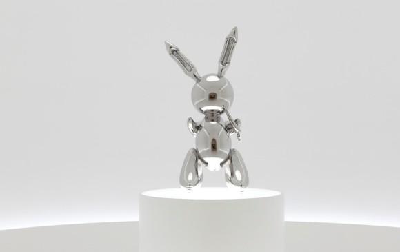 Subastan escultura de un conejo en US$ 91 millones