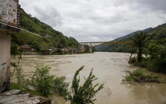 Caudal del río Cauca en el corregimiento de Puerto Valdivia, Antioquia. FOTO ESTEBAN VANEGAS