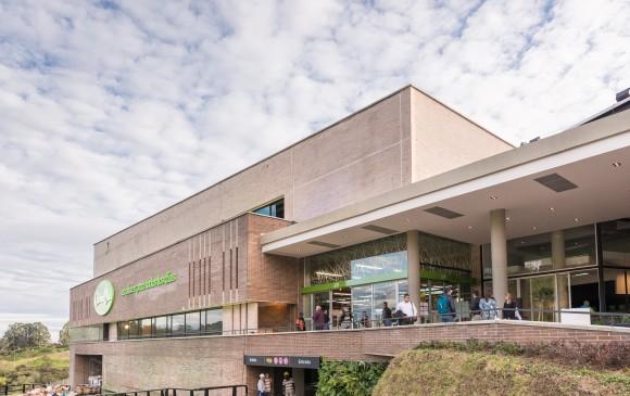 El Carulla del Alto de las Palmas se inauguró hace poco y espera ser un referente, como marca premium en esa zona. FOTO Cortesía