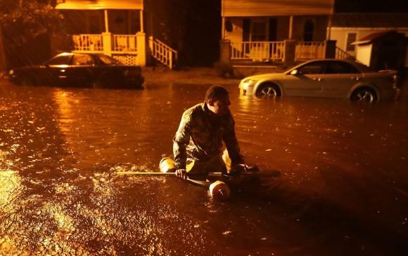 Tras huracán Florence, graban delfines nadando en inundaciones