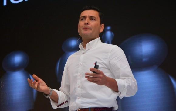 El superintendente Financiero, Jorge Castaño, considera que la tarifa actual del Soat resulta ser suficiente para el próximo año. Foto Cortesía Fasecolda