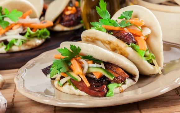 Los baos se pueden comer en algunos sitios de la ciudad, entre ellos: Bao Bei y Bao Taco. FOTOS: SSTOCK y Pixabay