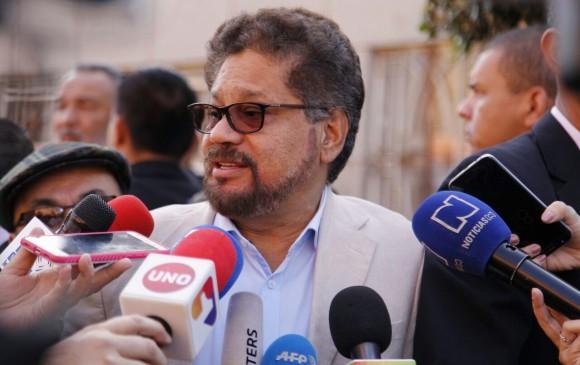 Miembros del partido Farc se declaran perseguidos políticos por caso Santrich