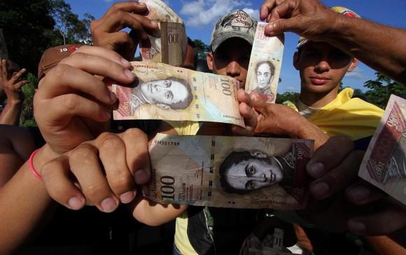 VENEZUELA: 3 muertos disturbios por falta dinero en efectivo