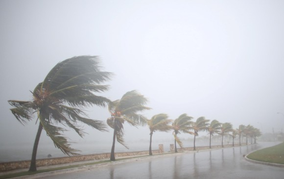 Huracán Irma deja 2 muertos en el Caribe