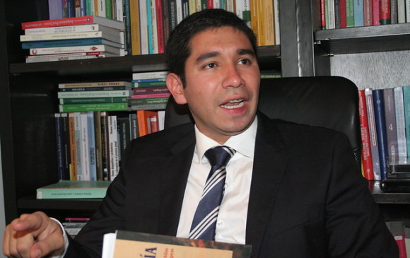 Denuncian supuestas amenazas contra exfiscal Luis Gustavo Moreno