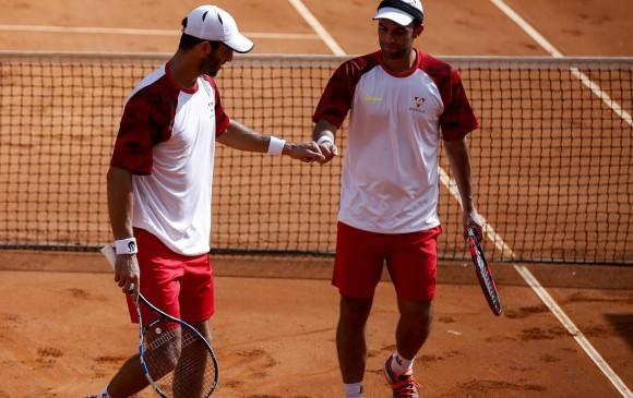 Zeballos avanzó a los cuartos de final del dobles en Roland Garros