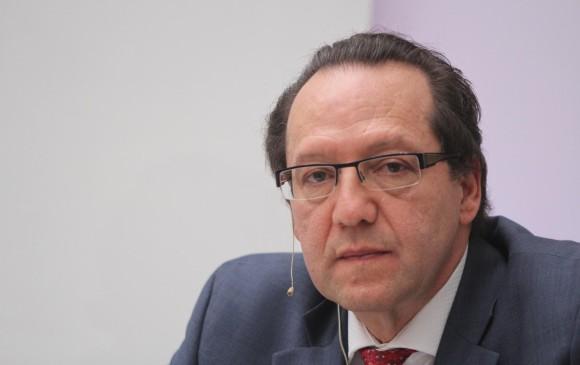 Exsenadora Córdoba presenta fórmula a la vicepresidencia colombiana
