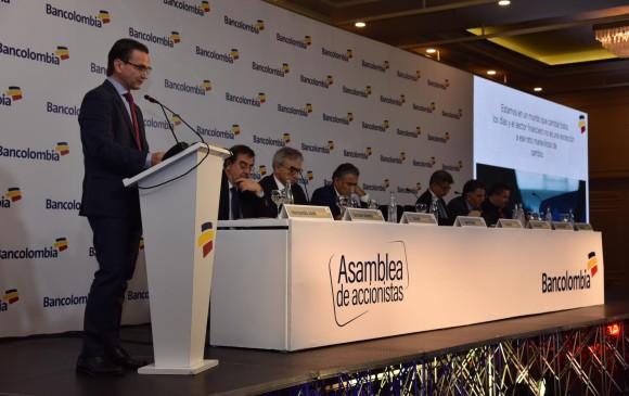 El presidente del banco, Juan Carlos Mora es optimista con este año a pesar de la coyuntura electoral. FOTO CORTESÍA BANCOLOMBIA