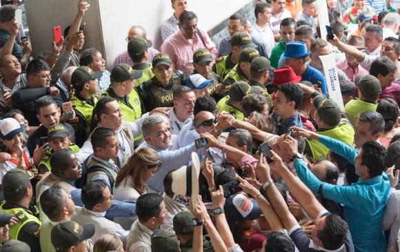 Recorrido del candidato Iván Duque por Bucaramanga (Santander), el miércoles pasado. FOTO CORTESÍA CAMPAÑA
