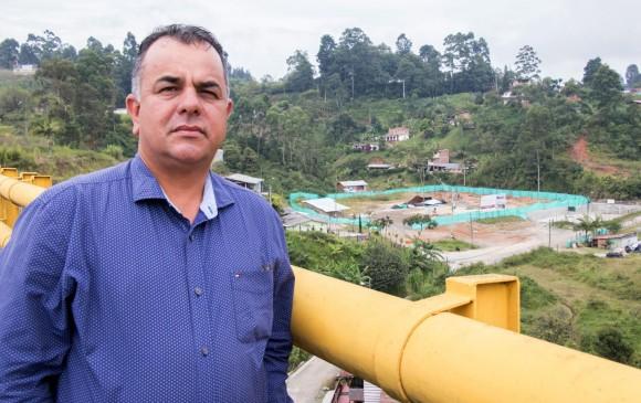 Al fondo se observa la construcción del megacolegio rural de La Quiebra. El Gobierno Nacional aportó recursos para este proyecto. FOTO Cortesía