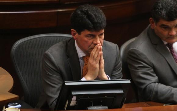 Procuraduría suspende por tres meses al subsecretario del Senado