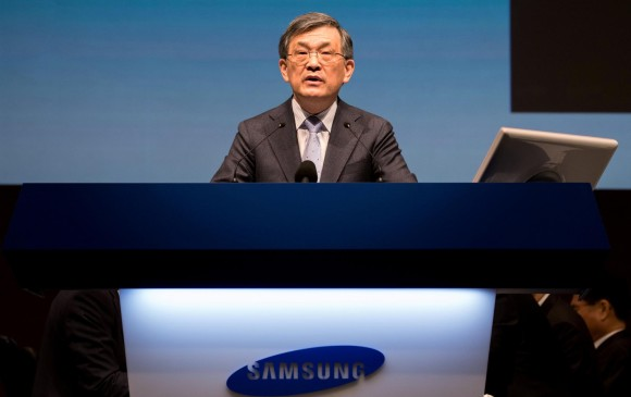 CEO de Samsung renuncia por la crisis de la compañía