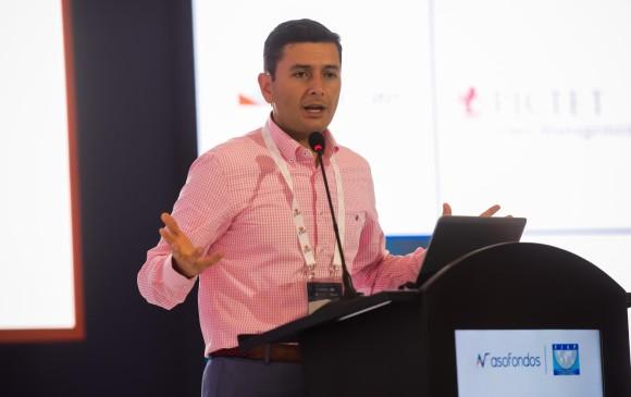 Jorge Castaño, superintendente financiero, dijo que la solución más urgente que propone la entidad es la de buscar un sistema que centralice la información del sector. FOTO cortesía asofondos