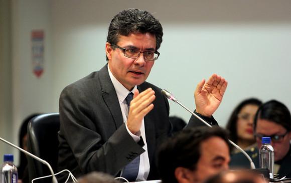 Diagnostican un cáncer linfático al ministro de Salud de Colombia