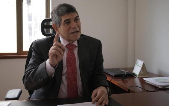 Enrique Valderrama, presidente de Fecolfin, habló de los retos del sector solidario en la industria financiera. FOTO Colprensa.