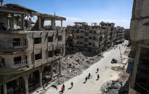 Perspetiva de una de las calles destruidas de Duma, en Guta Oriental. CRÉDITO: EFE